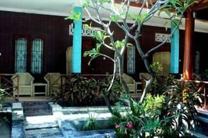 Krisna Bungalow and Restaurant Lombok - pandangan depan
