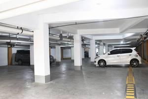 Graha Sekar Arum Syariah Surabaya - Parking Area