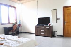 Graha Sekar Arum Syariah Surabaya - Guest Room