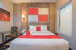 RedDoorz Premium near Harbour Bay Mall Batam 2