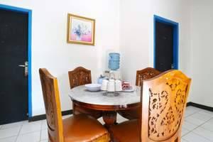Aries Biru Hotel Bogor - Three Bedroom