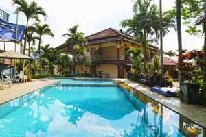 Aries Biru Hotel Bogor - Swimming Pool