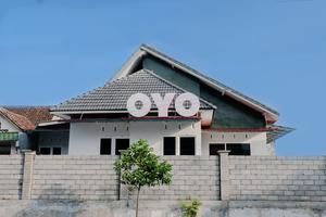 OYO 973 Simpang Alun-alun Residence