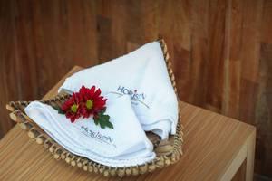 Horison Jimbaran Hotel Bali - Handuk
