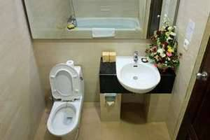Pelangi Bali Hotel & Spa Bali - Kamar mandi