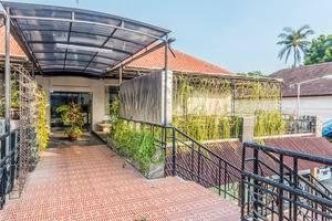 ZenRooms Kuta Centre Kartika Plaza Bali - Eksterior