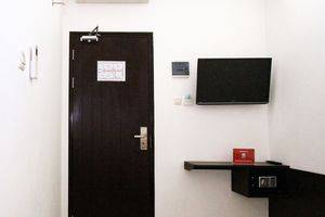 ZenRooms Menteng Cikini Jakarta - Kamar Double