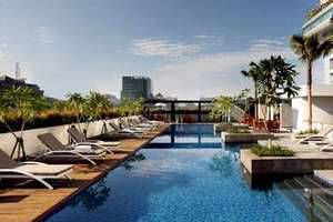 Hotel Santika Medan Medan - Swimming Pool