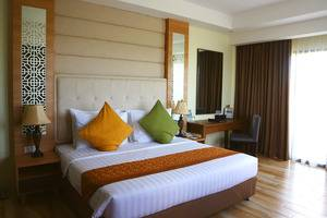 Golden Tulip Essential Belitung - Bussines Suite