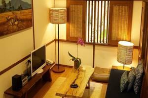Dusun Bambu Family Leisure Park Bandung - Kamar tamu