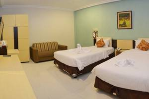 d Green Kayon Airport Hotel Solo - Deluxe Room