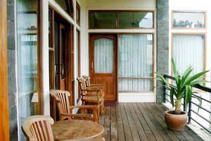Villa F - II Istana Bunga - Lembang Bandung Bandung - Eksterior