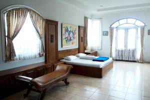 Villa F - II Istana Bunga - Lembang Bandung Bandung - Kamar