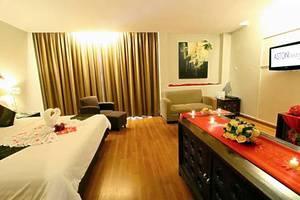 Aston Tanjung Tabalong - Honeymoon Suite