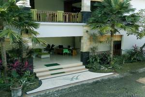 The Widyas Luxury Villa Bali - Lobby Entrance