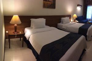 Atsari Hotel & Bungalow Parapat - kamar Deluxe