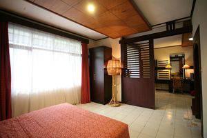 Puri Naga Beach Front Cottage Bali - Rooms
