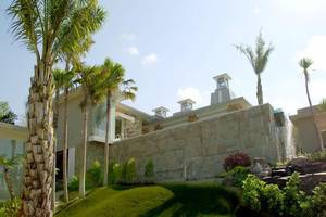 Noah Villa and Chapel Bali - Eksterior
