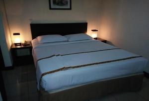 Jatinangor Hotel & Restaurant Sumedang - Deluxe Double