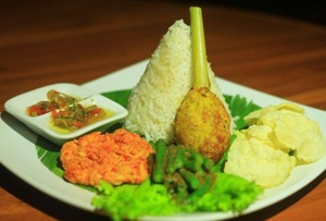 Jatinangor Hotel & Restaurant Sumedang - Meals