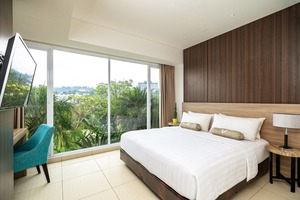 Clove Garden Hotel Bandung - Family Suite Bedroom 1