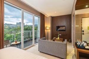 Clove Garden Hotel Bandung - dlx suite