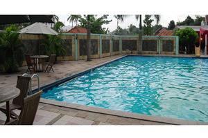 Grand Situ Buleud Hotel Purwakarta - Kolam Renang