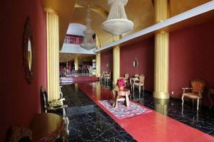 NIDA Rooms SPBU Sunggal - Pemandangan Area