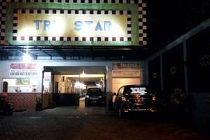 Tristar Homestay Madiun - Tampilan Luar Hotel