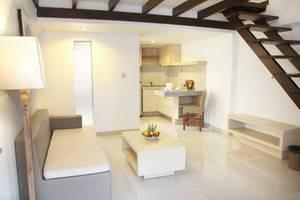 Legian Sunset Residence Bali - Studio Apartment Livingroom