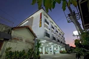 Violet Hotel Malioboro Yogyakarta - Eksterior