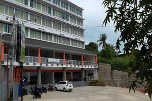 L Bajo Hotel Komodo Flores - Eksterior