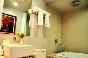 The Lerina Hotel Nusa Dua - Kamar mandi executive suite