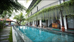 Padi Padi Canggu Luxury Room & Restaurant