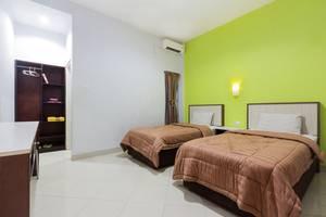 Zaen Hotel Syariah Solo - Deluxe / Superior Room