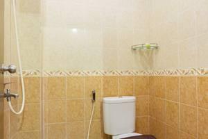 Zaen Hotel Syariah Solo - Single Bathroom