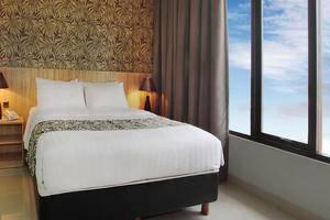The Green Hotel Bekasi - Kamar tamu