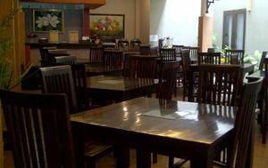 Riyadh Guesthouse Banjarbaru - Restaurant