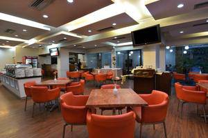 Hotel Grand Nanggroe Banda Aceh - restaurant