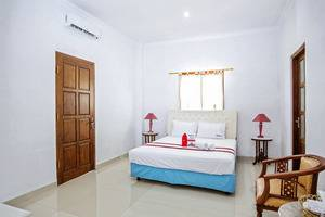 RedDoorz Plus at Godean Demak -
