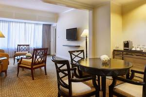 Hotel Aryaduta Bandung - Aryaduta Suite Living Room