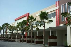 Hotel Arowana  Jember - Tampak Luar