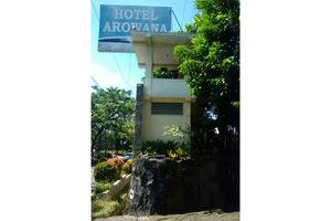 Hotel Arowana  Jember - Eksterior