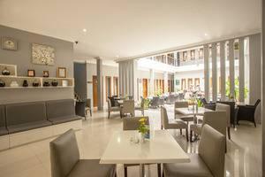 Rosalia Indah Hotel Yogyakarta - Lobby