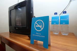 Airy Eco Syariah Medan Timur Komplek DPRD - Standard Twin_Non Smoking