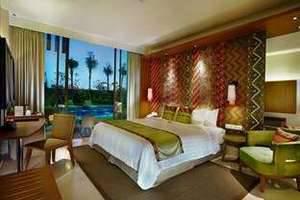 Vasanti Seminyak Resort Bali - Deluxe Pool Access