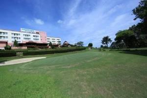 Hotel Bintang Sintuk Bontang - Golf