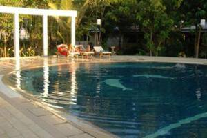 Wailiti Hotel Maumere - Swimming Pool