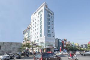 OYO 1114 Hotel Denpasar Makassar