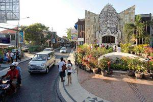 The Zuk Hotel Kuta - Jalan Legian 3 Menit Dari Hotel